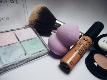 Common Mistakes to Avoid When Buying Makeup